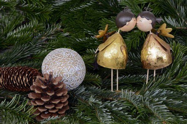 christmas-1824744_640-1